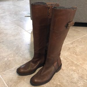 Tall brown leather Enzo Angiolini riding boots